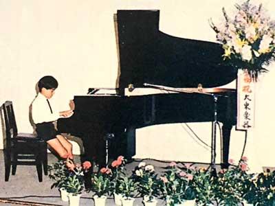 岡田准一 小学生 ピアノ