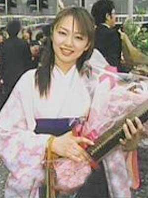 伊藤綾子 大学生時代