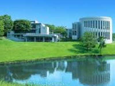 慶應義塾大学環境情報学部