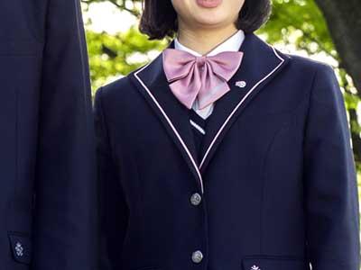 青森山田高校 制服参考画像