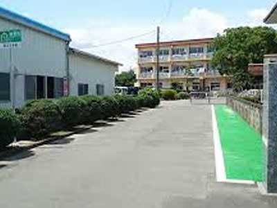 八女市立岡山小学校