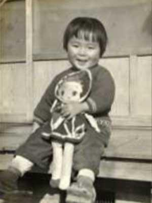 上川陽子 幼少期
