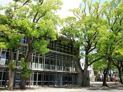 岩田中学校