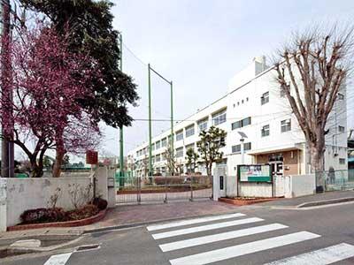 横浜市立鶴ヶ峰中学校