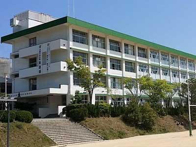 兵庫県立川西緑台高等学校