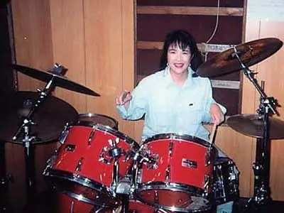 高市早苗 若い頃 ドラム