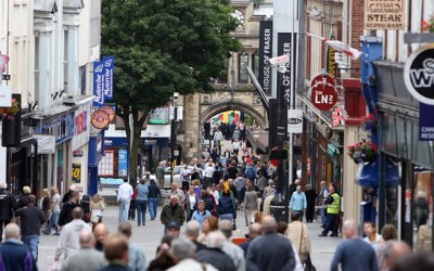 High street experiences first footfall uptick since 2011