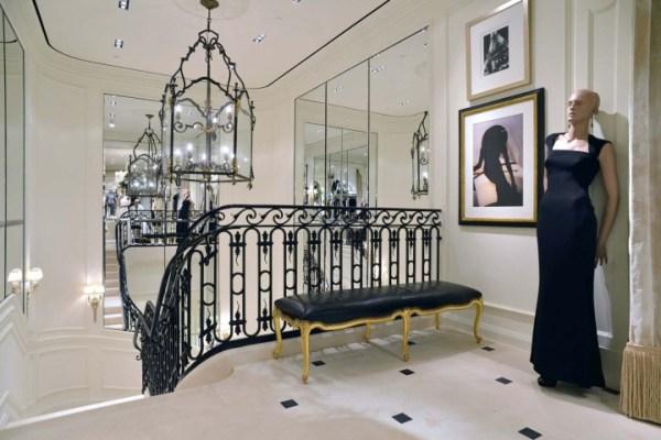 187 Ralph Lauren womenswear store by Michael Neumann