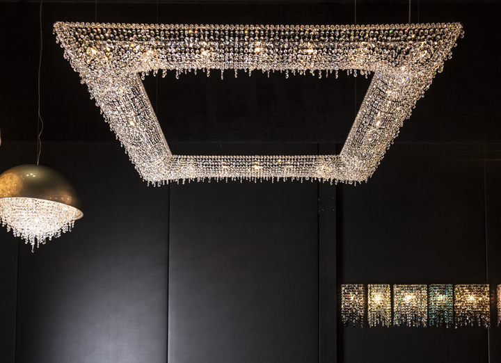 KOI crystal chandelier by Manooi 04 KOI crystal chandelier by Manooi