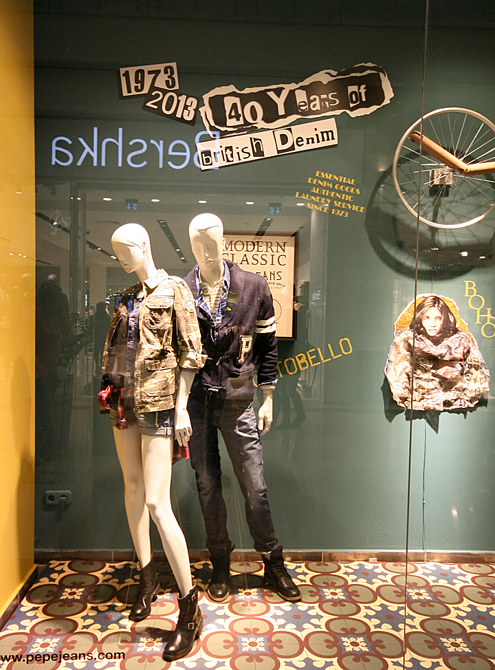 187 Pepe Jeans Windows 2013 Autumn Budapest