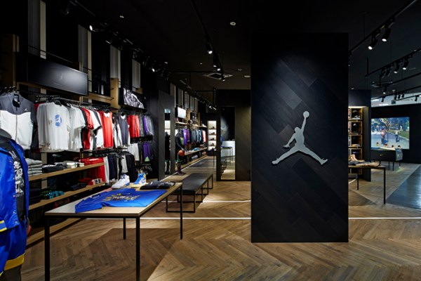 » Nike Basketball shop by Specialnormal, Chiba – Japan