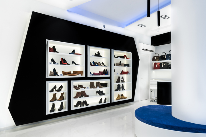 Georgantas Shoes by SmART interiors  Athens     Greece Georgantas shoes  designed by Smart Interiors  is a men s and women s  fashion footwear boutique  located in Athens Greece at Leoforos Marathonos  65