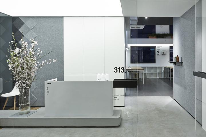 , LK+RIGI DESIGN Office by RIGI DESIGN, Shanghai – China, Office Furniture Dubai | Office Furniture Company | Office Furniture Abu Dhabi | Office Workstations | Office Partitions | SAGTCO