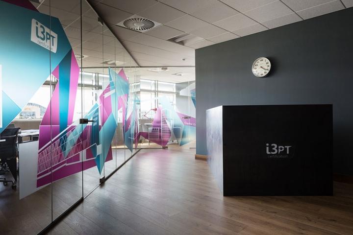 , I3PT Certification office by DUA, Dublin – Ireland, Office Furniture Dubai | Office Furniture Company | Office Furniture Abu Dhabi | Office Workstations | Office Partitions | SAGTCO