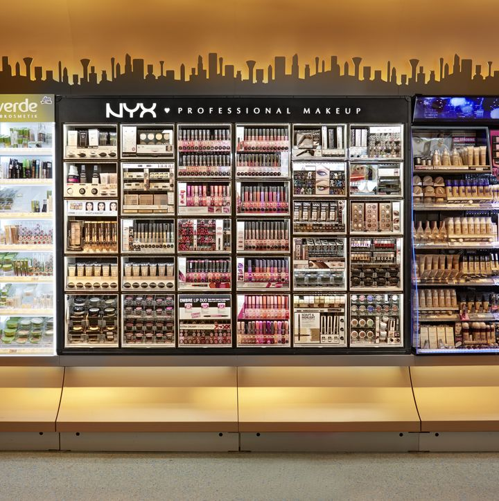 NYX Cosmetic Bar By ARNO Europe Wide Concept Retail
