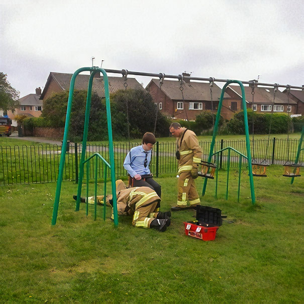 funny-adults-stuck-children-playground-11-5c2f66b76f96f__605.jpg