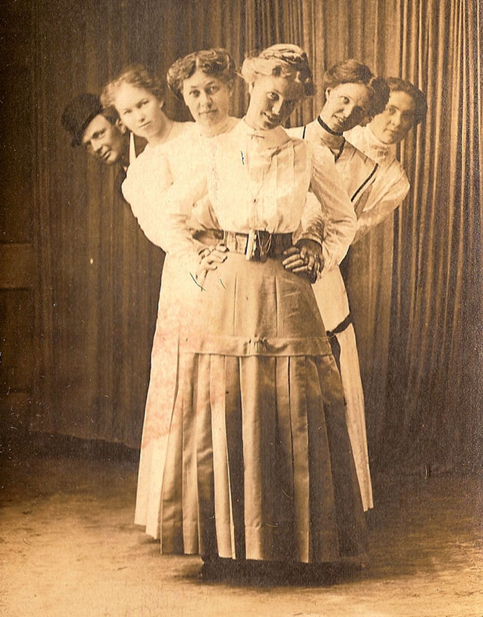 funny-victorian-era-photos-silly-vintage-photography-72-575142cc88a48__700