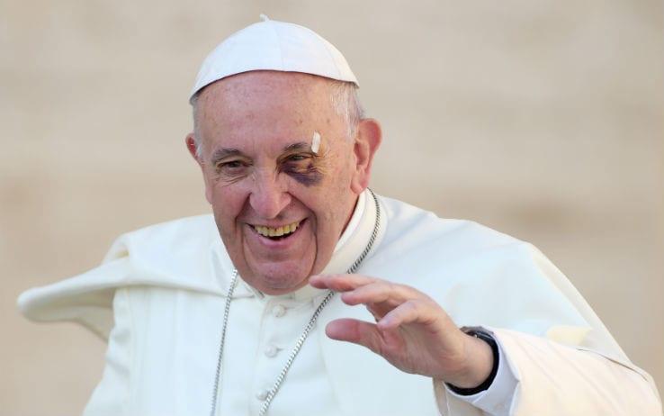 Papa Francesco: «Sulla pedofilia la Chiesa ha affrontato crimini in ritardo»