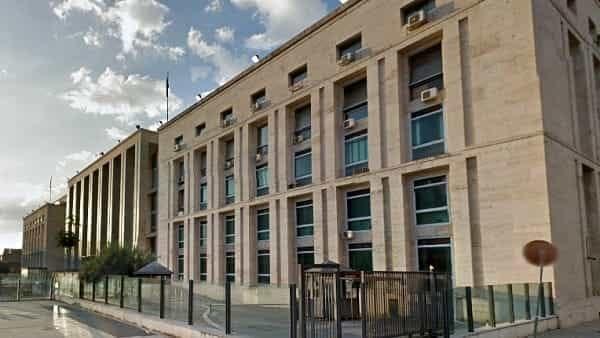 Esorcismi a luci rosse e violenze sessuali, condannato a 6 anni l'ex colonnello Salvatore Muratore