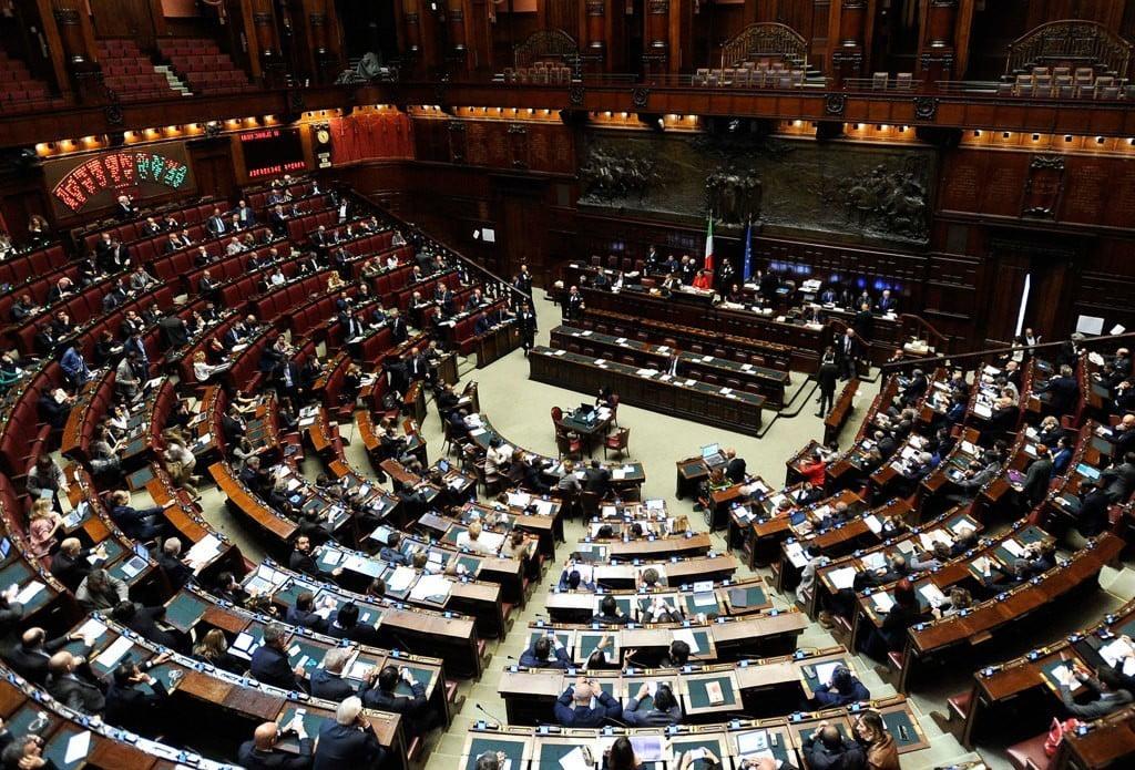 PRETI PEDOFILI; Depositata in Italia la prima Interrogazione Parlamentare #interrogazionepretipedofili