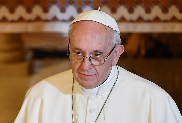 """Papa Francesco, l'accusa che fa tremare il Vaticano: """"Pedofilia, cosa hanno insabbiato i vertici della Chiesa"""""""
