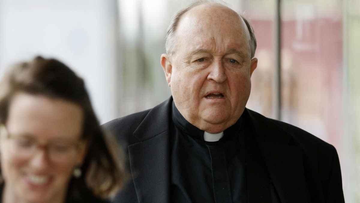 Pedofilia, condanna per un arcivescovo