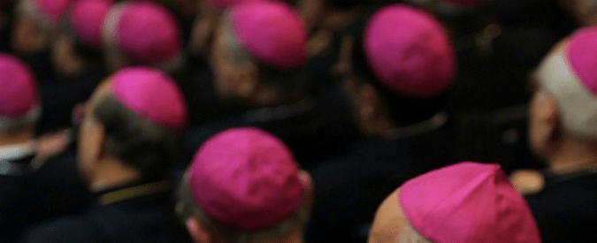 """Pedofilia Usa, inchiesta choc rivela abusi di 301 preti su più di mille bambini. Petizione chiede """"dimissioni collettive"""""""