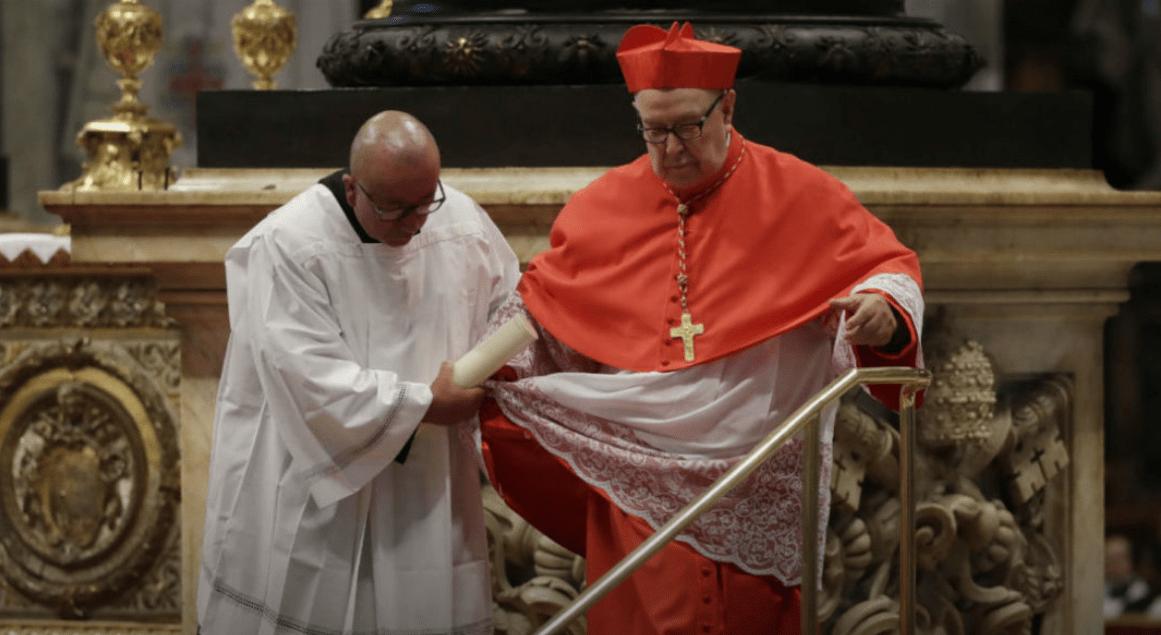 """Pedofilia, cardinale messicano senza vergogna: """"Colpa delle vittime"""""""
