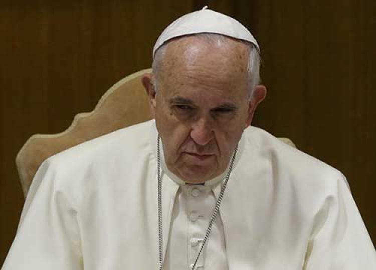 """""""Bergoglio confessore del prete pedofilo. Per questo non torna in Argentina"""""""