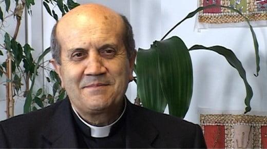 """Monsignor Sigalini: """"I vescovi non devono denunciare i sacerdoti pedofili"""""""