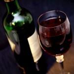 Consumul de vin moderat vă poate ajuta să trăiți mai mult.