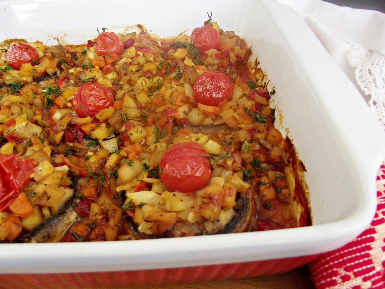 Ciuperci-umplute-cu-legume-in-sos-de-rosii-4