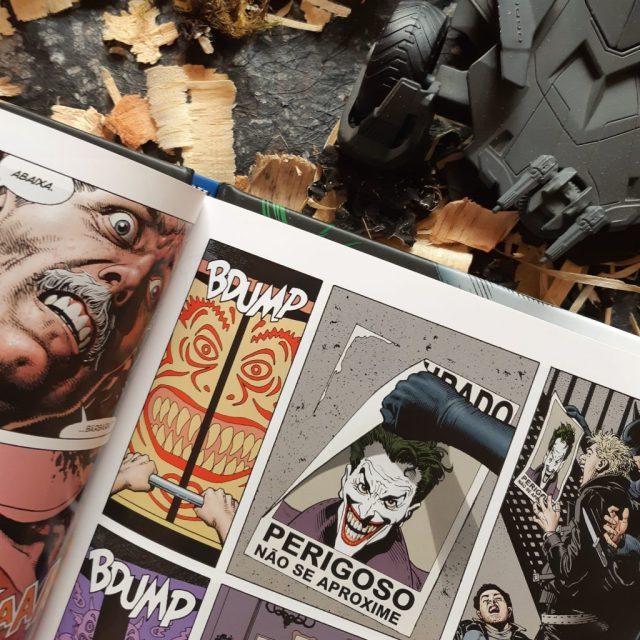 Resenha de Batman: A Piada Mortal de Alan Moore & Brian Bolland.