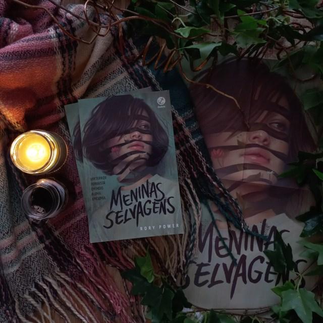Resenha do livro Meninas Selvagens, de Rory Power, publicado no Brasil pela Galera Record em 2020.