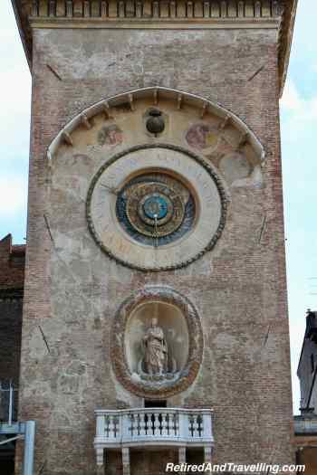 Town Piazza Erbe.jpg
