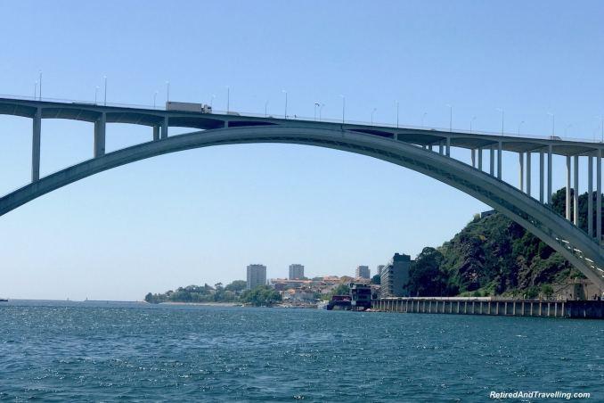 Ponte Da Arrábida - Cruise The Douro River in Porto.jpg