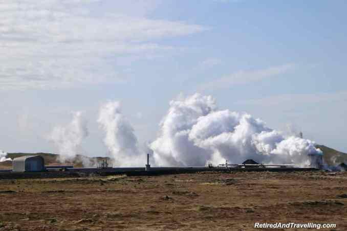 Iceland Gunnuhve rReykjanesvirkjun Steam Plant.jpg