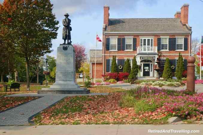 Parkway Drive Gananoque Town Hall - Parkway Explore The Thousands Islands In Canada Ontario.jpg