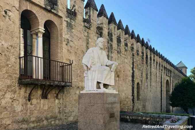 Statue Cordoba A Averroe.jpg