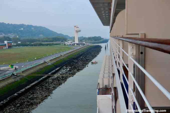 Port Oceania Cruises Marina Low Tide.jpg