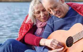 best guitars for seniors