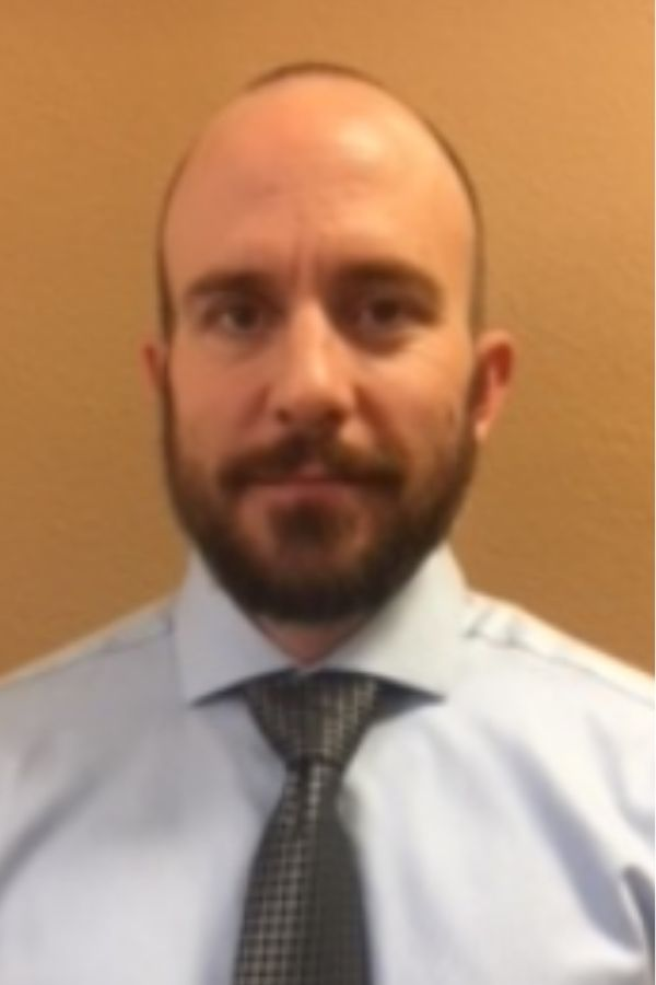 professional headshot of Shawn Lange