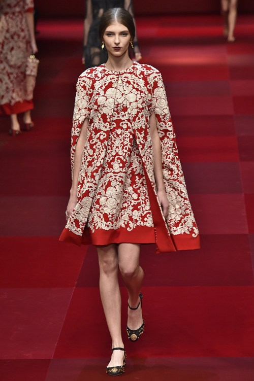 MILAN, ITALY - SEPTEMBER 21: A model walks the runway during the Dolce & Gabbana Ready to Wear show as a part of the Milan Fashion Week Womenswear Spring/Summer 2015 on September 21, 2014 in Milan, Italy. (Photo by Victor VIRGILE/Gamma-Rapho via Getty Images)