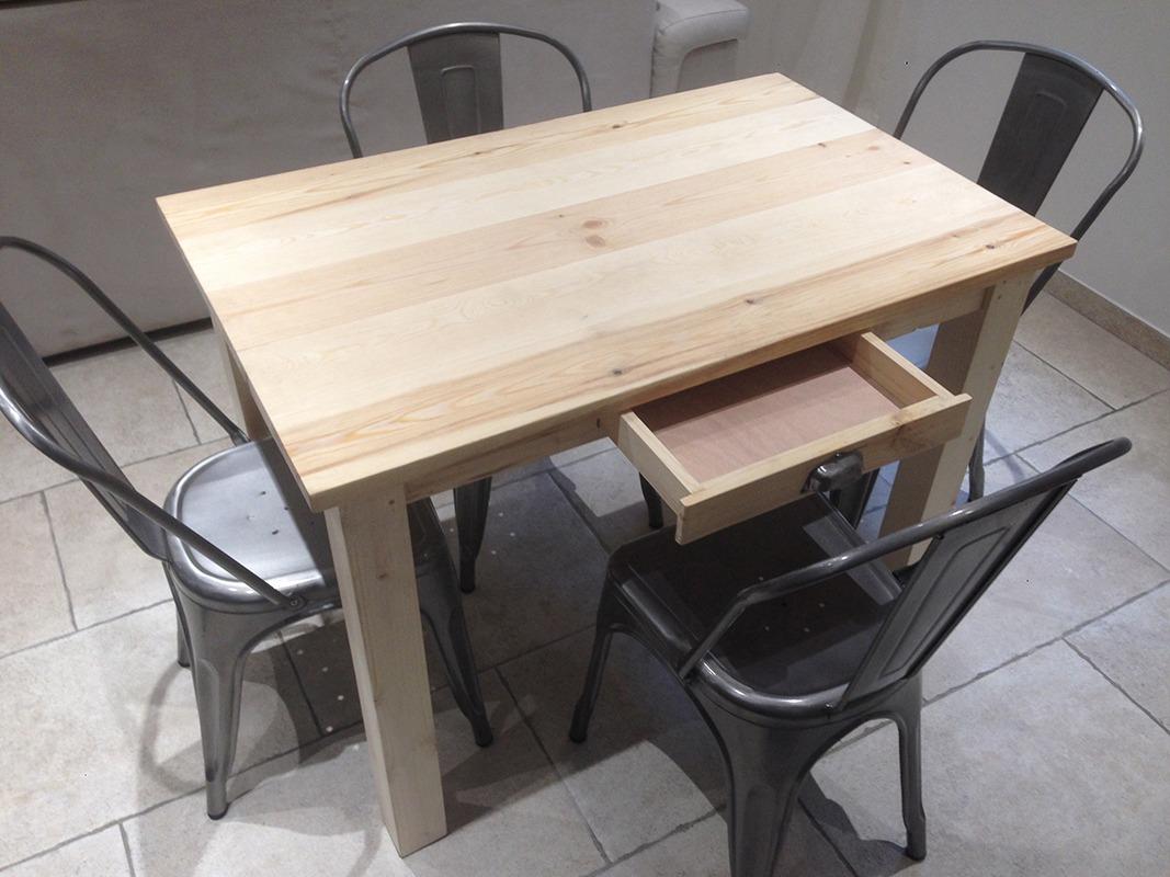 Table à manger en bois