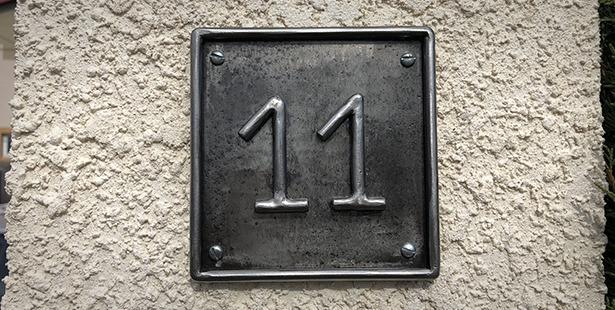 Numero de rue en métal
