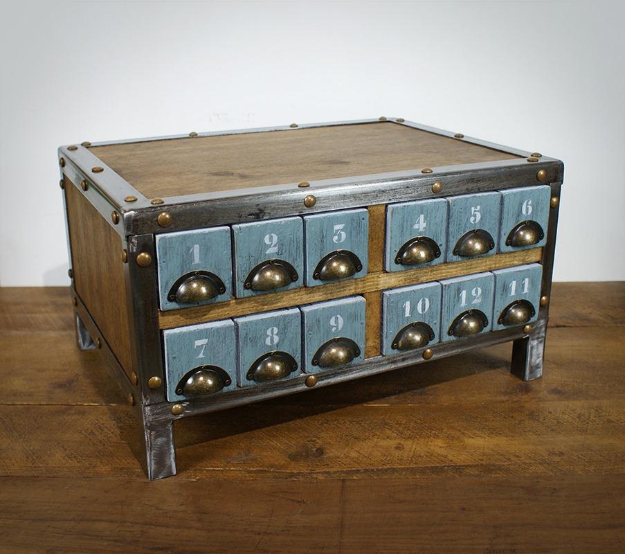 Petit meuble à tiroir industriel