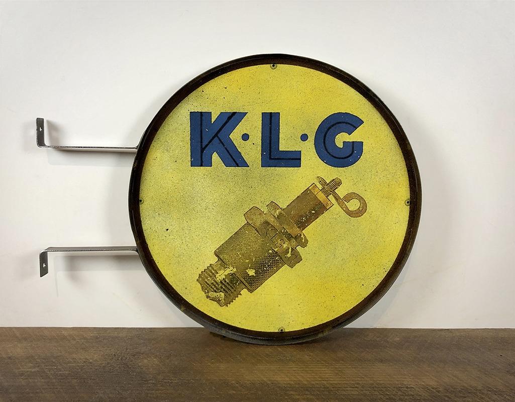 Plaque en tôle peinte KLG