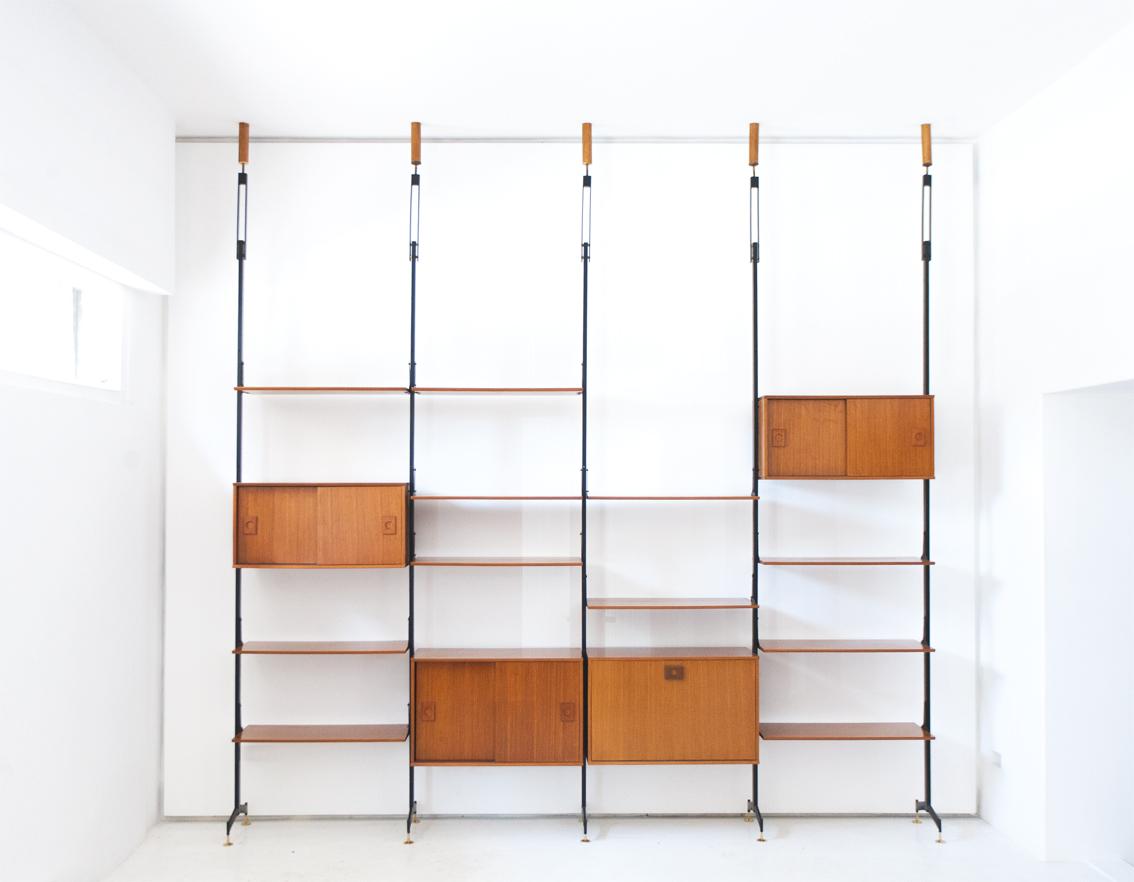bookshelf-22.2