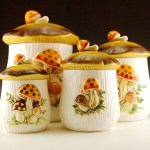 Set of Sears and Roebuck Retro Mushroom Kitchen Canister Set and napkin holder in like-new condition.