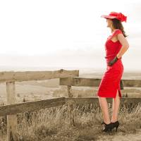 [:de]Lady in Red: Ein verführerisches Sommer-Outfit in der Farbe der Liebe[:en]Lady in Red: A beautiful Summer Outfit in the Colour of Love[:]